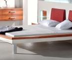 Möbel: Betten 100