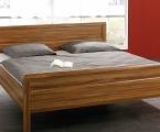 Möbel: Betten 103
