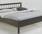 Möbel: Betten 117