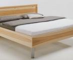 Möbel: Betten 116