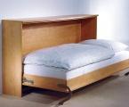 Möbel: Betten 110