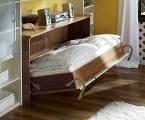 Möbel: Betten 111