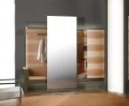Möbel: Dielen und Garderobenschränke 101