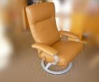 Möbel: Ruhe- und TV-Sessel 152